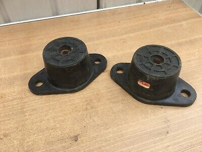 Pair Of Rubber Engine Mounting Joints, Cof Old Classic Car,Etc,Unused Old Stock