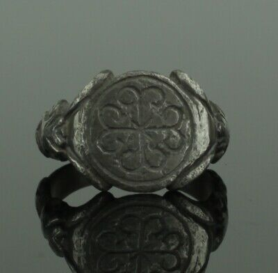 Beautiful Ancient Early Medieval Silver Ring With Cross - Circa 12Th C Ad   (09)