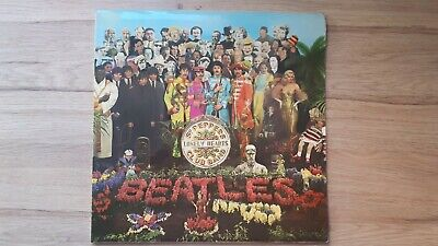 The Beatles Sgt Peppers lonely hearts club band LP 70s stereo