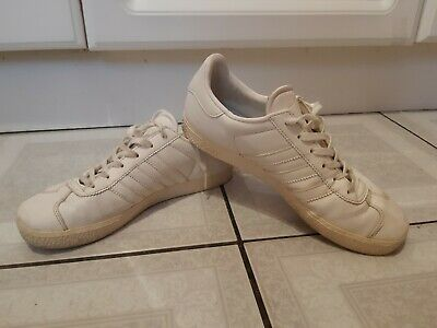 Adidas Gazelle white leather Trainers. Size 4. Eur 36. 2/3