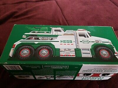 2019 Hess Tow Truck Rescue Team - New In Box