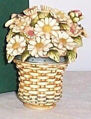 1st  Longaberger / Harmony Kingdom DAISY Basket ~ Low #