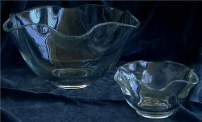 Nice Pressed Glass Bowl Set, VERY GOOD CONDITION