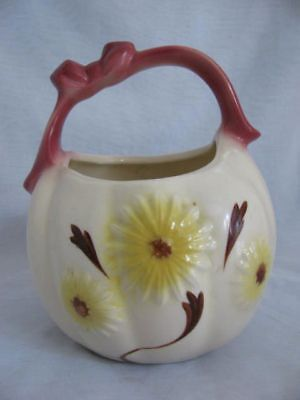 Hull Pottery #79 Daisy Basket