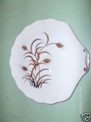 Lefton Wheat Snack Plate 2768 VGC Hand Painted Shell