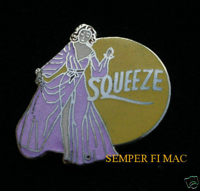 SQUEEZE NOSE ART COLLECTOR PIN UP WWII WOW! L@@K