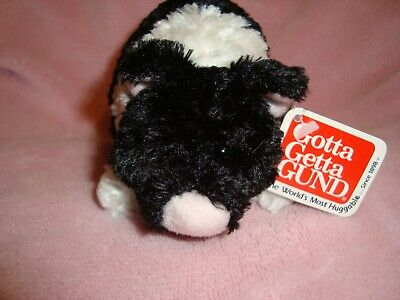 "Gund Telus Black & White Pig named  ""LUCIE"" W/Tags"