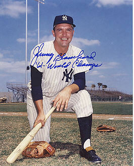 JOHNNY BLANCHARD   NEW YORK YANKEES  61 WORLD CHAMPS  ACTION SIGNED 8x10