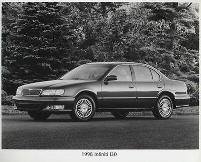 1998 Infiniti I30 Press Photo and Press Release