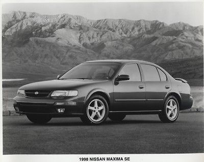 1998 Nissan Maxima Press Photo Kit and Sales Release