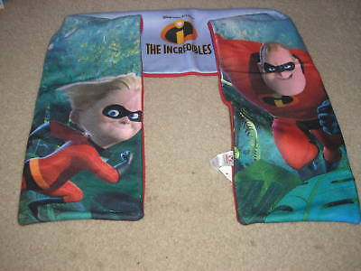Brand New With Tag Disney The Incredibles Winter Scarf