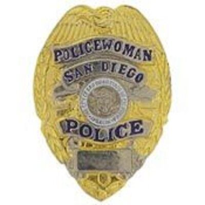 SAN DIEGO POLICE WOMAN  OFFICER LAPEL BADGE PIN