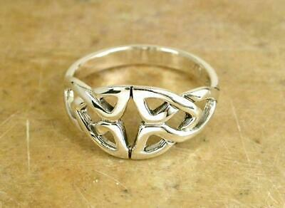 ELEGANT STERLING SILVER CELTIC TRINITY KNOT RING size  7  style# r0692