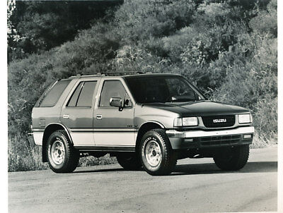 1993 Isuzu Rodeo Truck Press Photo Print and Release