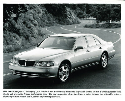 1999 Infiniti Q45t Factory Press Print and Sales Sheet