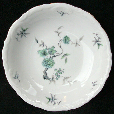 Mitterteich Green Ming/Gold Trim Pattern #9901 Fruit/Dessert Bowl 5 1/4""
