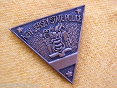 NEW JERSEY NJ STATE POLICE TROOPER PROUD RESPECT SEAL MINI SHIRT LAPEL BADGE PIN