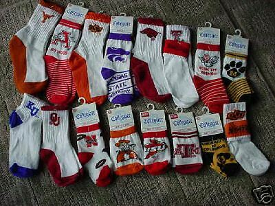 BULK LOT OF 50 PAIRS COLLEGE SPORTS TEAM SOCKS-WHOLESALE-NEW-MBG