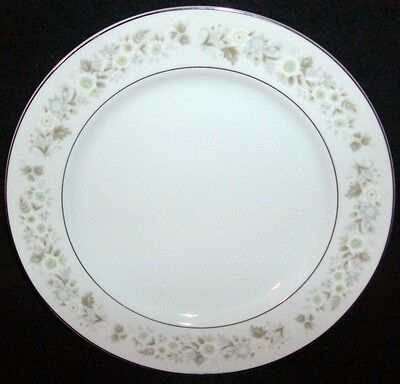 Imperial China (Japan) Wild Flower pattern #745 DInner Plate 10 1/4""