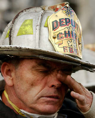 9/11 World Trade Center Fire Fighter 8X10 Photo Nyc