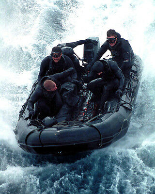 U.s. Navy Seal Team Mans Combat Rubber Craft 8X10 Photo