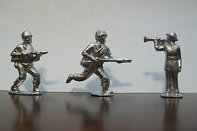 World War 2 - Lead Soldiers - Set of 3