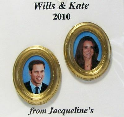DOLLHOUSE Wills & Kate Engagement Portraits 9961GM Jacquelines Royalty 1:12 NRFB