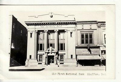 IN   BLUFFTON   Old FIRST NATIONAL BANK  RPPC postcard