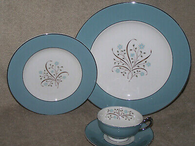 Syracuse China Meadow Breeze 4 pc Place Settings  up to 18 available Blue Floral