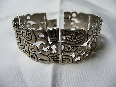 VINTAGE MEXICO STERLING HEAVY/WIDE BRACELET w/ABSTRACT ANIMAL DESIGN-1930's/40's