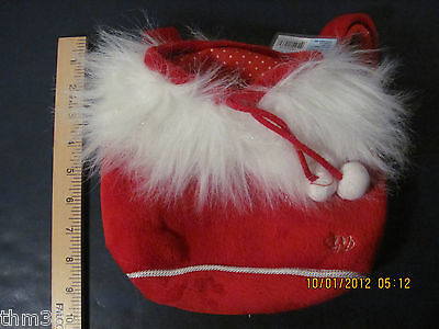 Webkinz Christmas Holiday Plush Pet Carrier R$15.99 Red WE000114 unused code