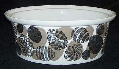 RARE ARABIA Pottery Made in Finland CASSEROLE Taupe & Black Egg Shapes