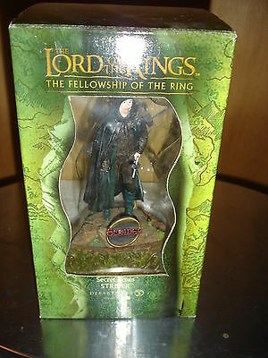 LOTR Lord of the Rings Secret Boxes Strider Aragorn Department 56 statue figure