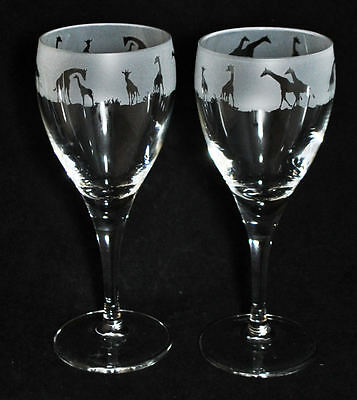 *GIRAFFE GIFT*  Boxed  PAIR WINE GLASS with GIRAFFE SAFARI Frieze