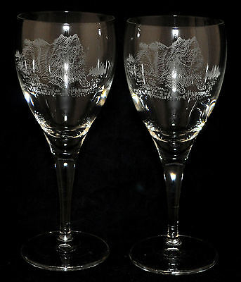 KEESHOND *DOG GIFT* Gorgeous Boxed PAIR WINE GLASS with engraved Keeshond