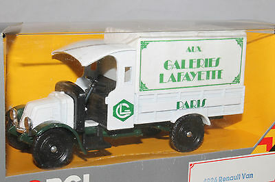 Corgi Classics 1926 Renault Galeries Lafayette Truck,  New in Box