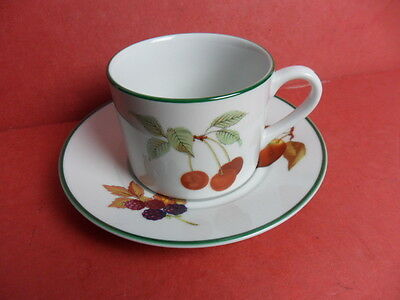 Royal Worcester, Evesham Vale, 4 x  Cups & Saucers