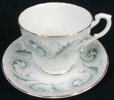 """Royal Standard Fine Bone China Garland Footed Cup & Saucer Set 2 7/8"""" Smoothfoot"""
