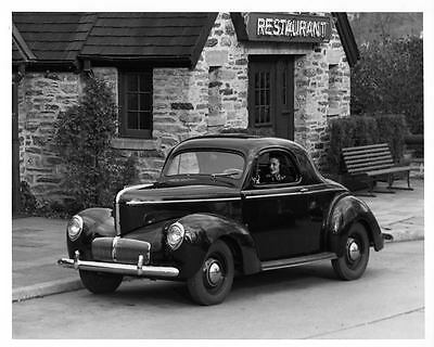 1942 Willys Overland Coupe Automobile Photo Poster zad9461-TYN62G
