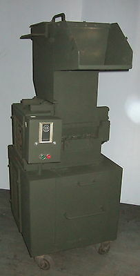 Cumberland Model 8 x 10 Granulator Plastic Grinder Shredder Recycle Wheels 5 HP