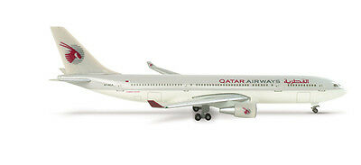 Herpa Wings 1:500 #508537 Qatar Airways Airbus A330-200