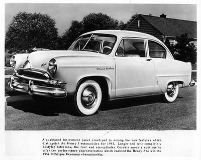 1953 Kaiser Frazer Henry J Corsair DeLuxe Factory Photo ad6719-OTAJQ5