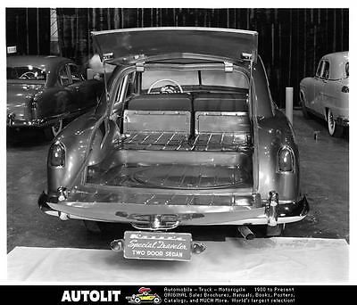 1951 Kaiser Traveler Factory Photo ad9618-9O6AYV