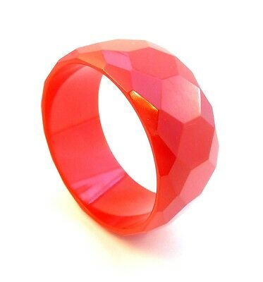 BIG Vintage 30s 40s ART DECO Bright RED Bakelite Faceted Diamond Bangle BRACELET