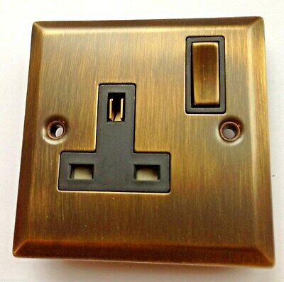 DARK ANTIQUE BRASS EFFECT SINGLE WALL PLUG SOCKET METAL 240v 3 PIN UK ELECTRIC