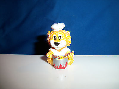 COOK CHEF Miniature Plastic Figurine CARTOON LION SAFARI Kinder Surprise Figure