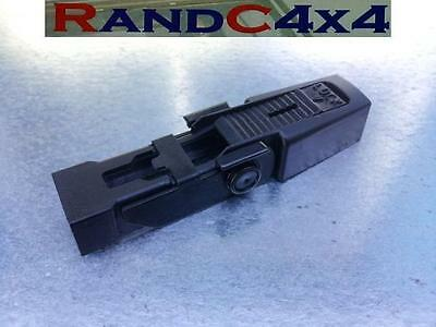 DKW100020 Land Rover Discovery 2 Front Wiper Blade Retaining Clip TD5 V8