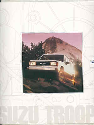1990 Izuzu Trooper SUV Brochure mx7079