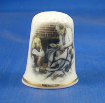 FINE CHINA THIMBLE -  LEARNING TO QUILT