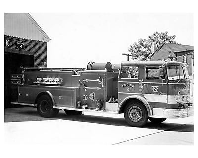1971 Seagrave Fire Truck Photo Poster zc6451-OCDKYC